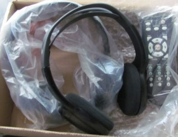 Ford 2002+ RSE DVD Wireless Headphones (2)+ Remote kit *NEW*