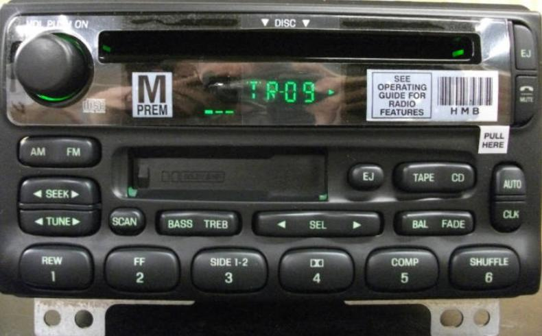 Explorer Mountaineer Mustang 2001-05 CD Cassette radio *NEW*
